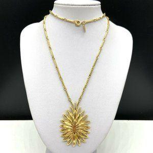 Vintage Designer MONET Chain Pendant Necklace Gold